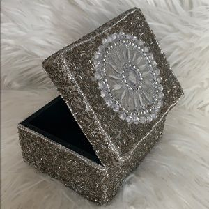Decorative box in beaded crystals, Amazing bling!